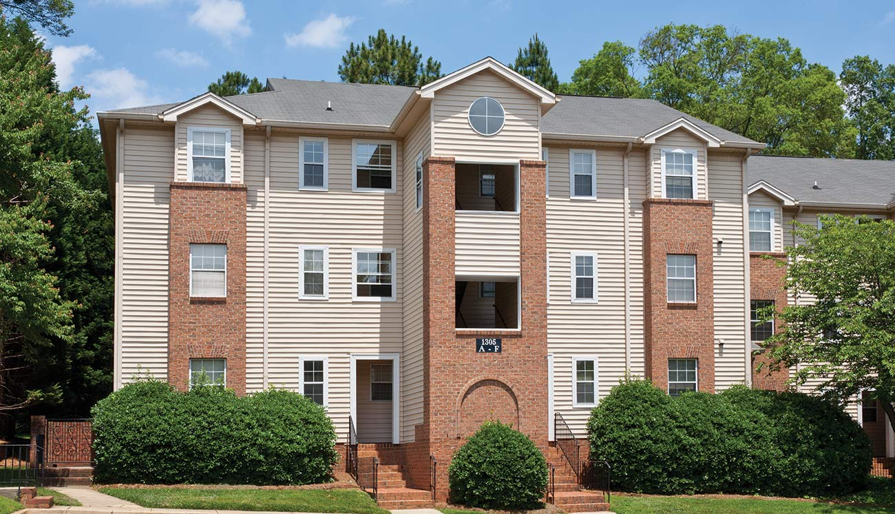 Salem Village Apartments in Charlotte, NC | Marsh Properties