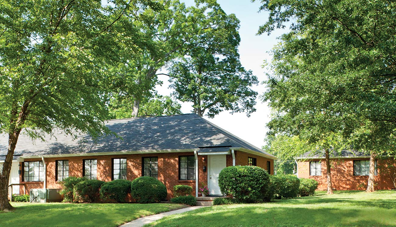 Sedgefield Cottages and Duplexes for rent in Charlotte, NC