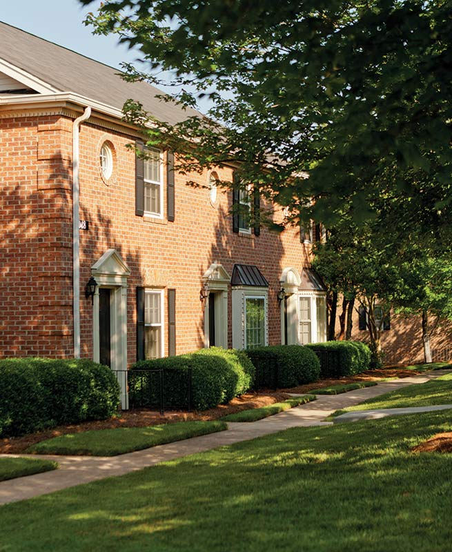 Townhomes And Apartments In Charlotte, NC