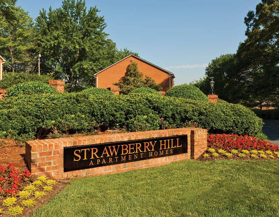 Strawberry Hill - Townhomes and Apartments in Charlotte, NC