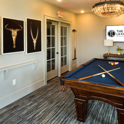 Game room at the Lexington Dilworth apartments